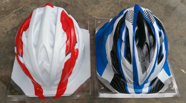 头盔吸塑机产品图片1.JPG